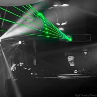 LESH-FM-DJ-tiggz-profile-3